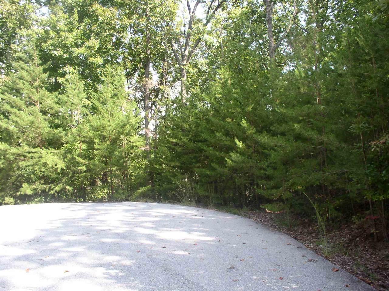 140 Lake View Walk - Photo 1