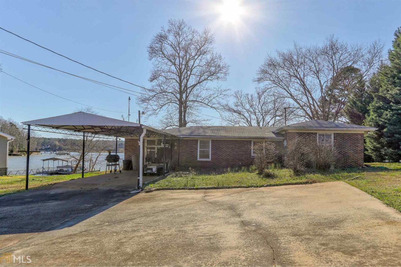 1645 Lakeview Rd - Photo 1