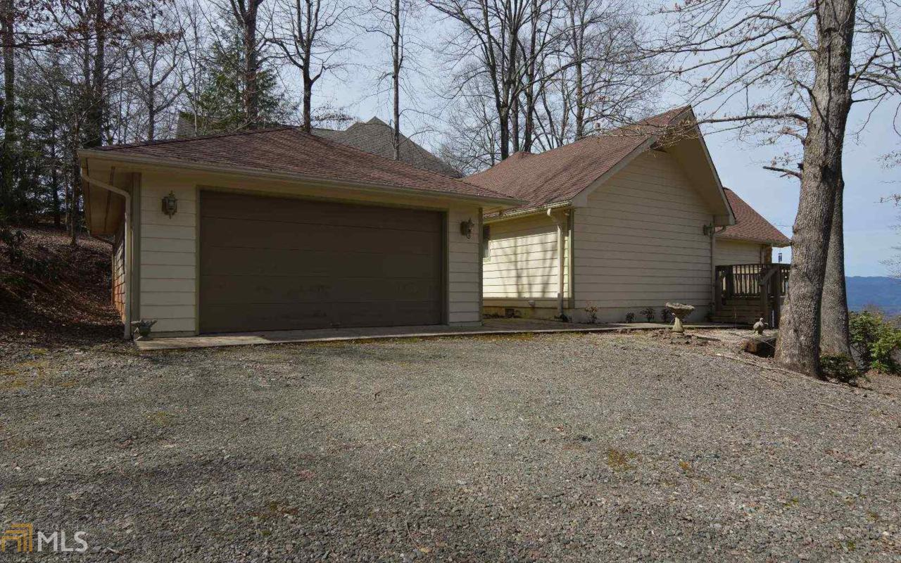 829 Frog Pond Rd - Photo 1