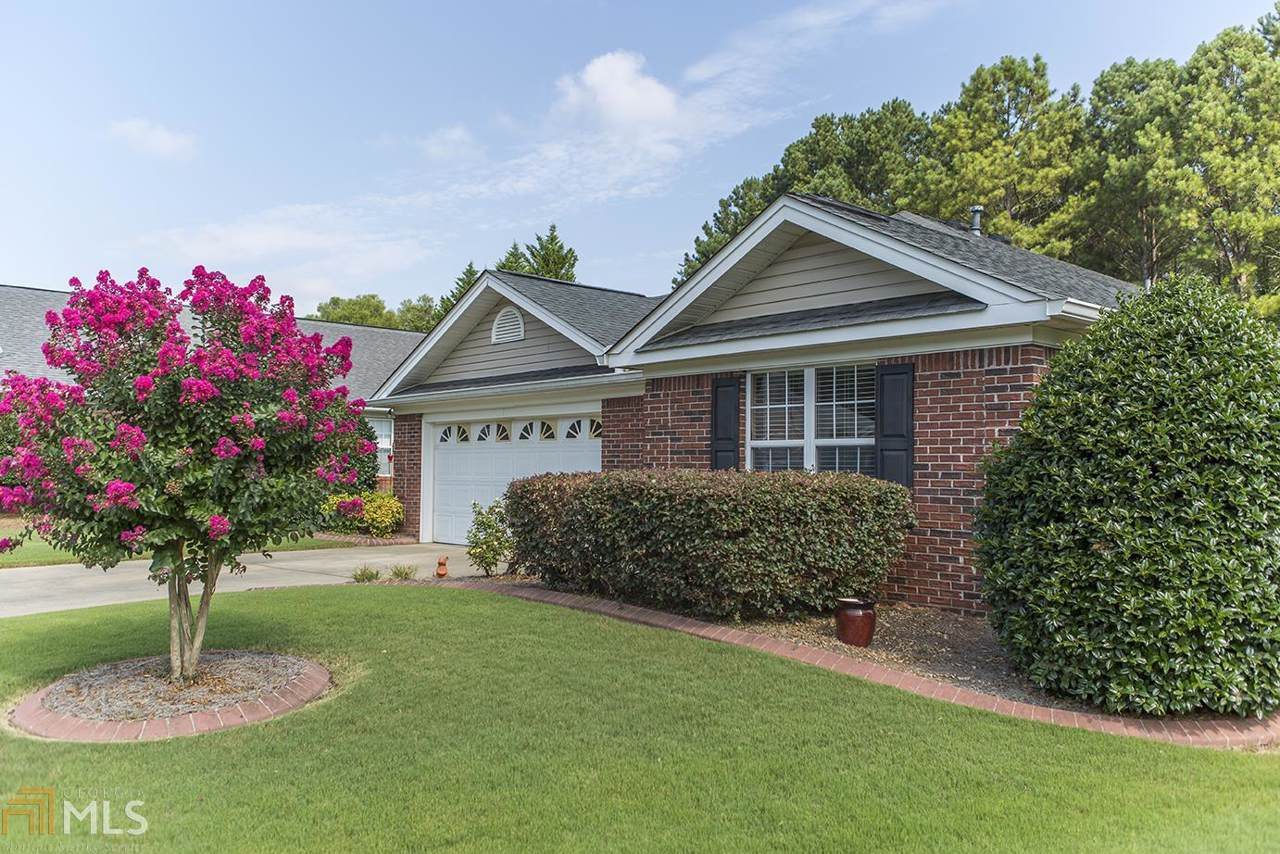 15 Indian Trace Dr - Photo 1