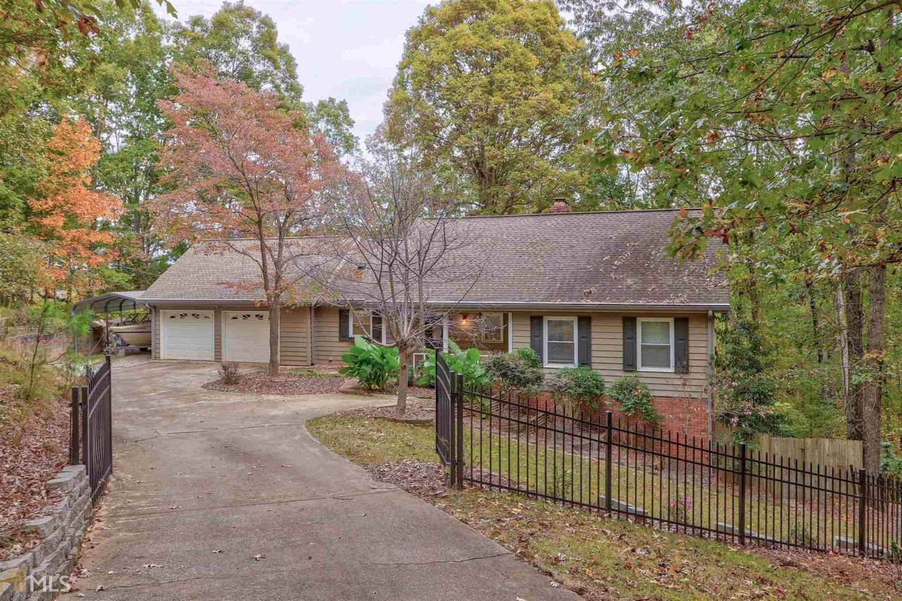 4216 Twin Rivers Dr - Photo 1