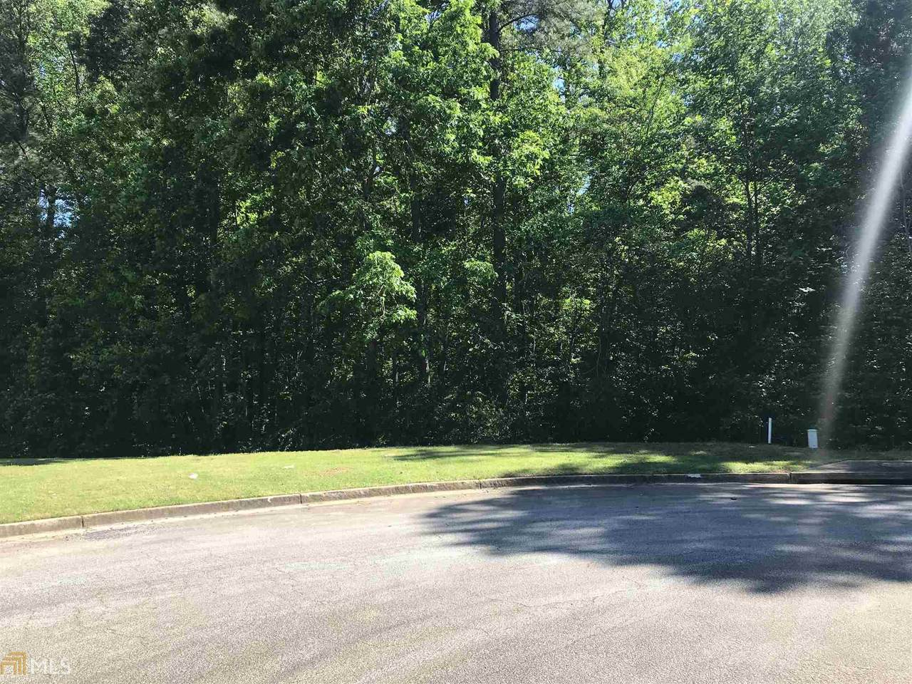 8344 Sterling Lakes Dr - Photo 1