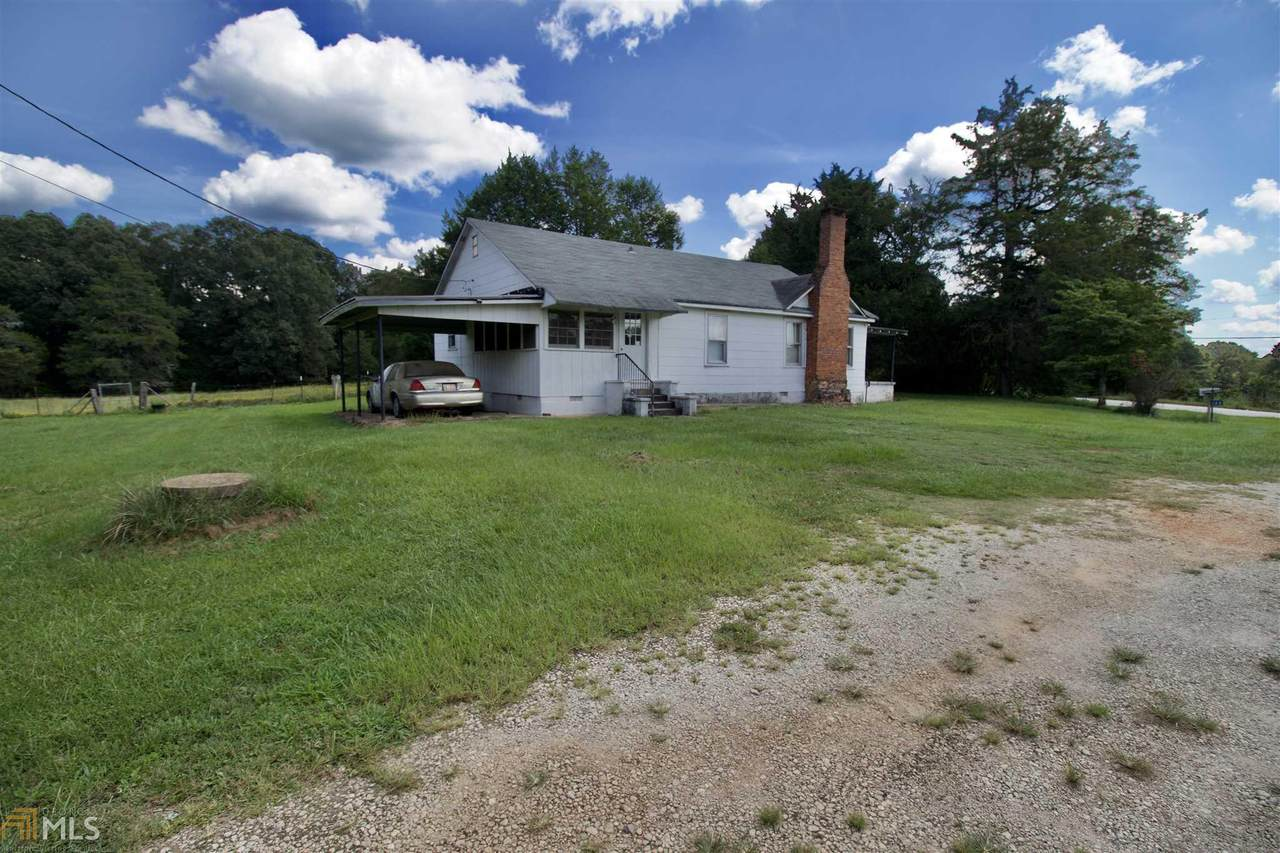 548 Chestnut Rd - Photo 1