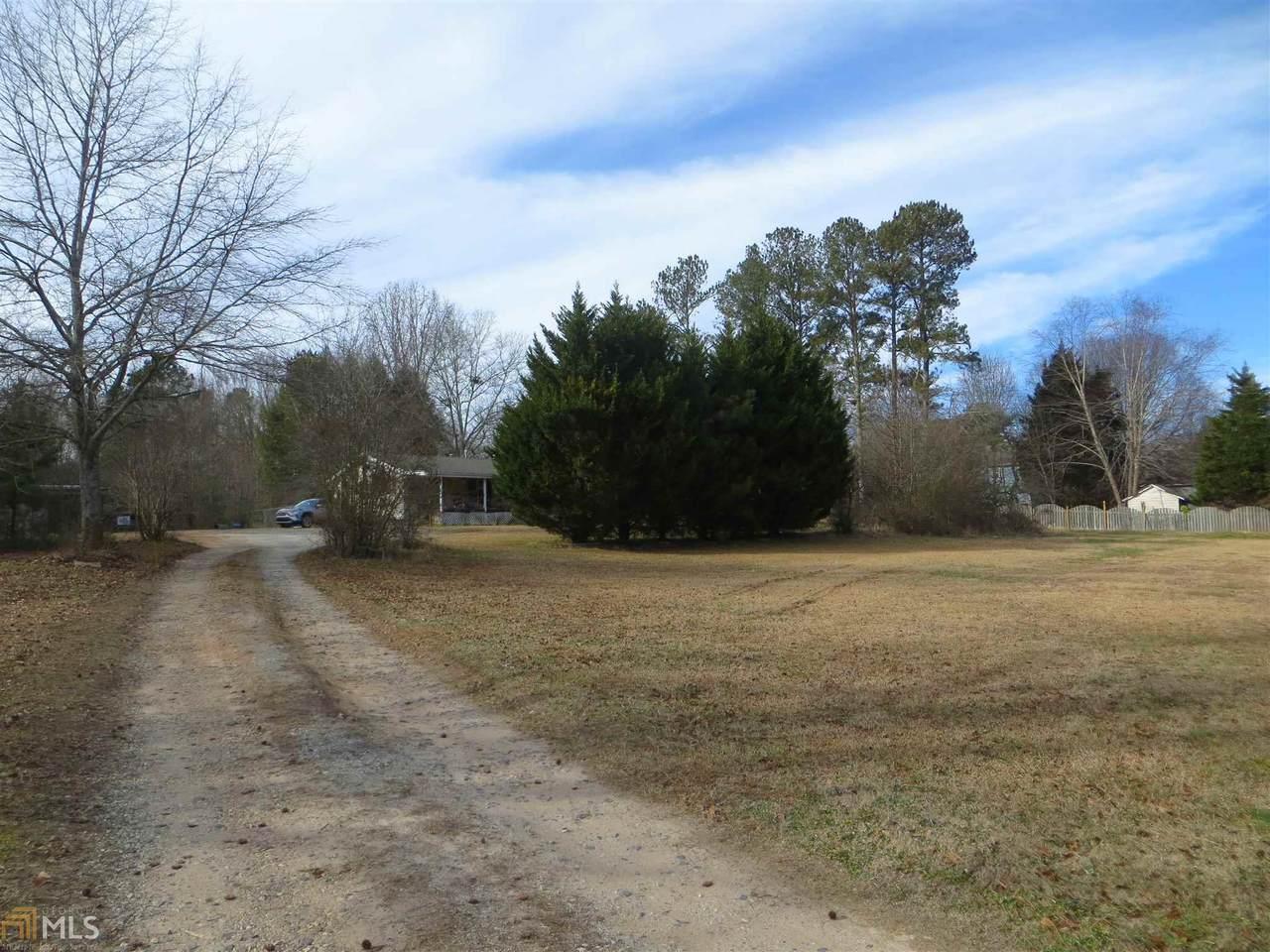 6899 Heardsville Rd - Photo 1
