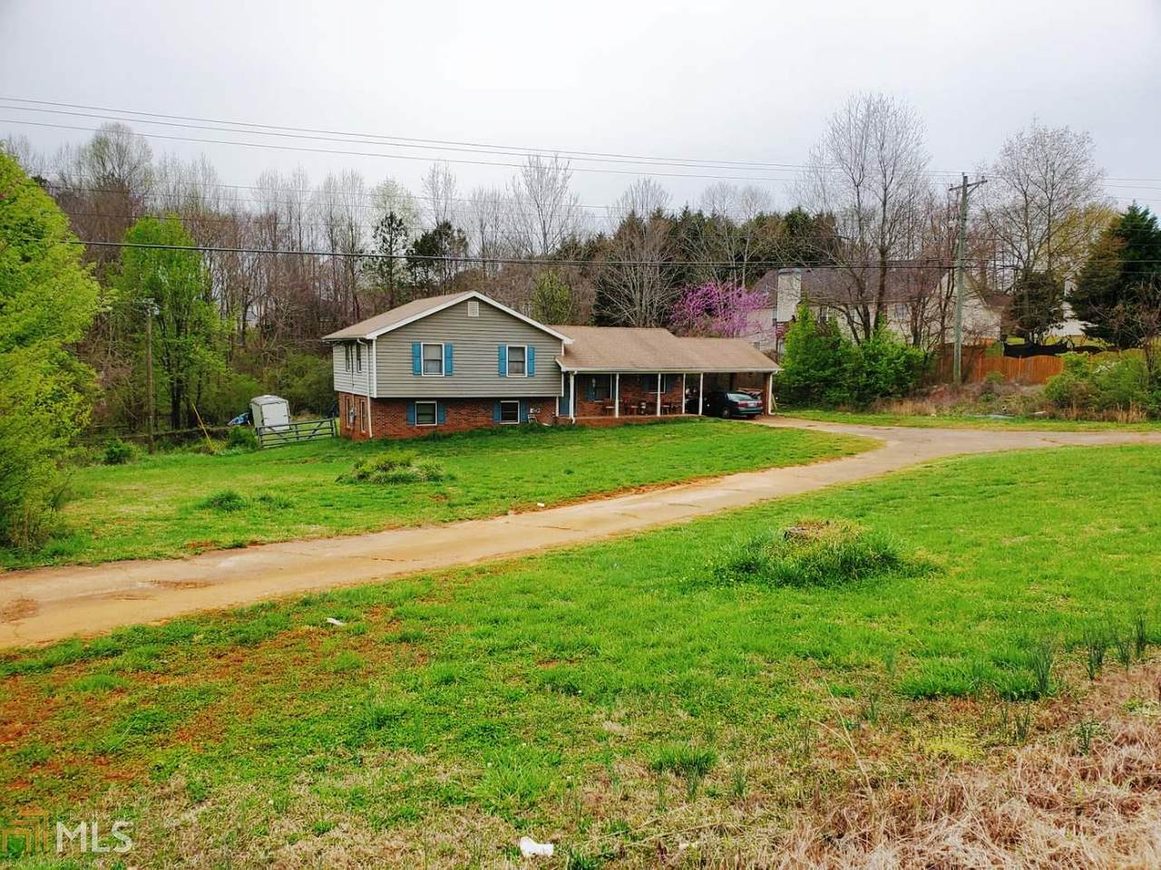 885 Auburn Rd - Photo 1