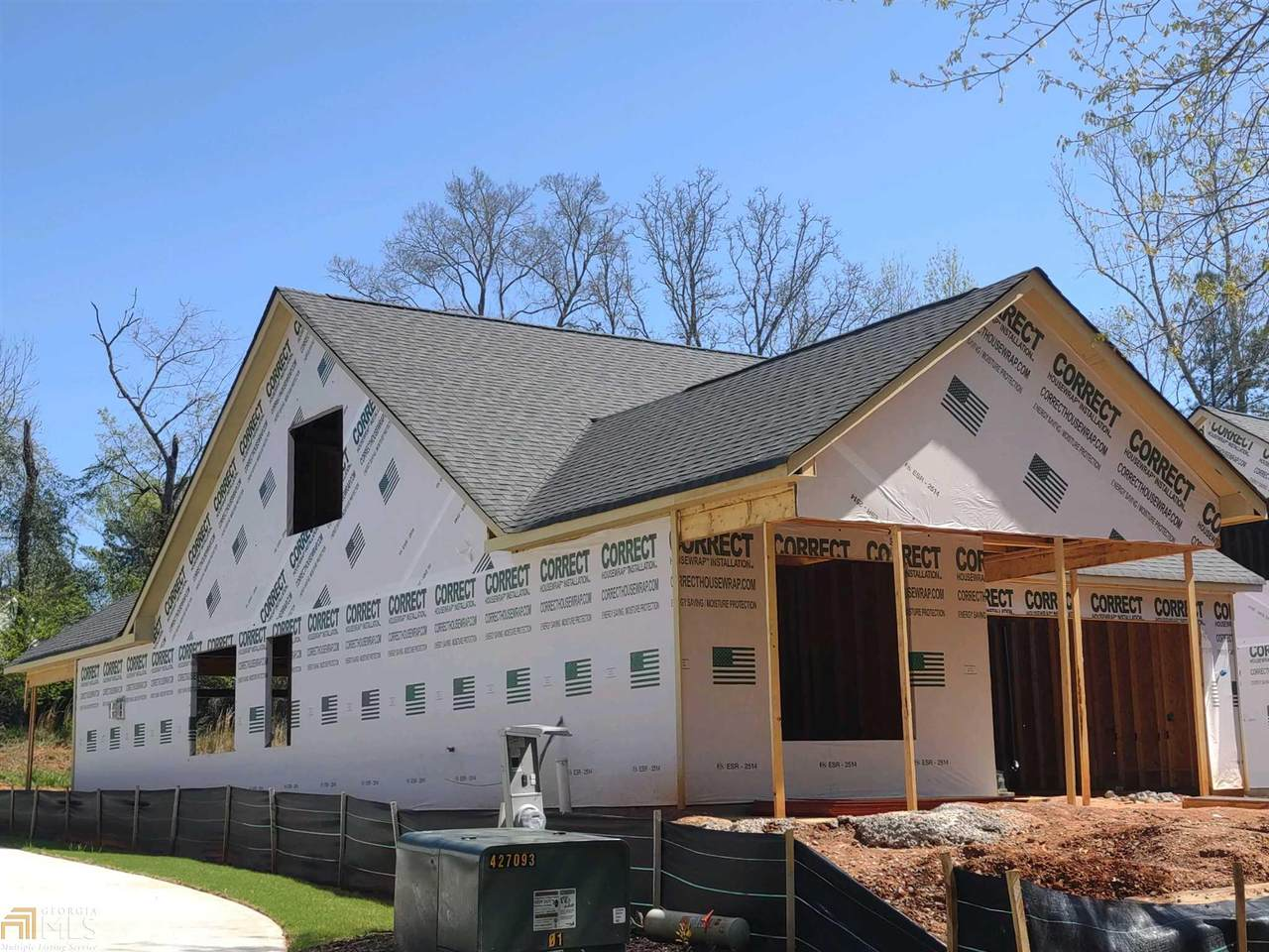 401 Edgewater Dr - Photo 1