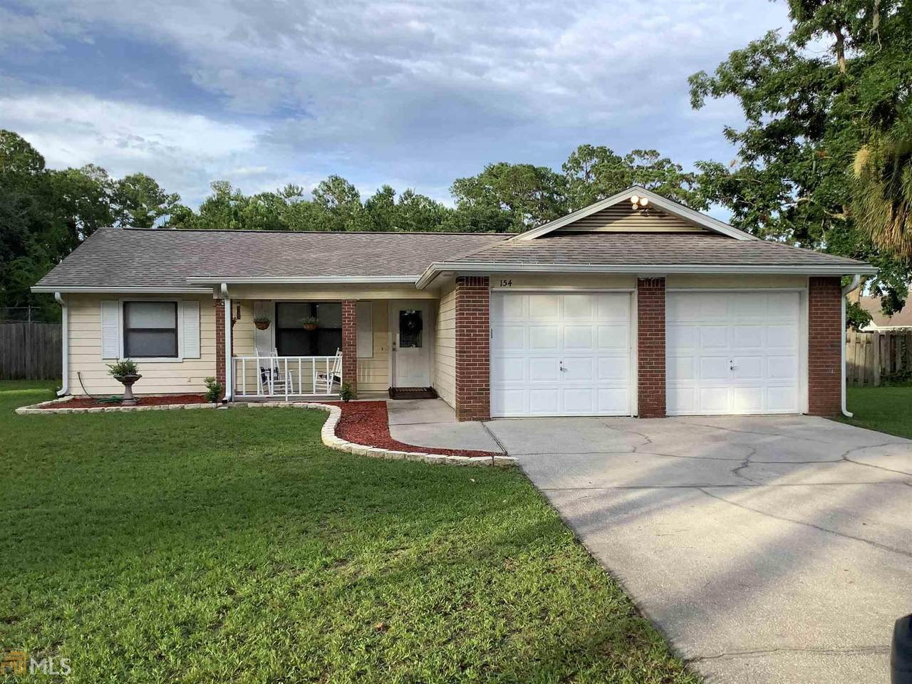 154 Woodvalley Ct - Photo 1