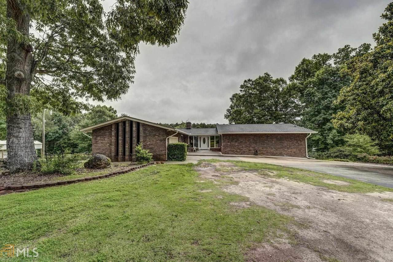 1403 Parkway Dr - Photo 1