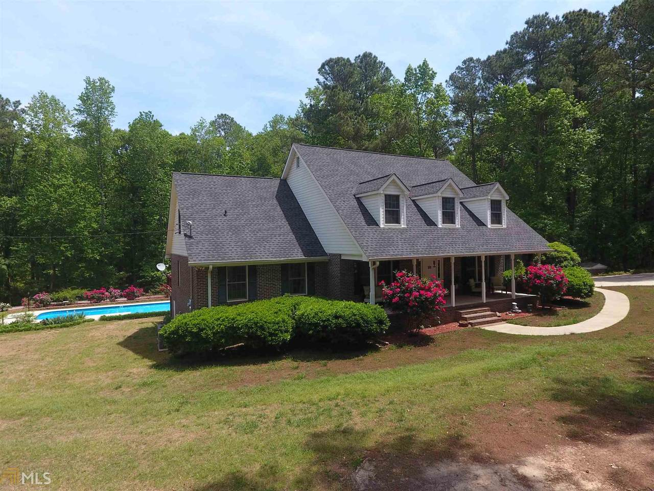 441 Campbell Rd - Photo 1