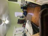422 South Green St - Photo 15