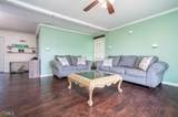 131 Parkway Dr - Photo 4
