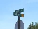 200 Byrd Way - Photo 2