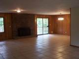 8308 Lakeview Dr - Photo 4