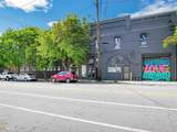 261 Peter St - Photo 2