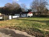 610 Calhoun Ave - Photo 2