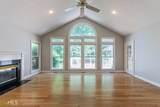 480 White Oak - Photo 11