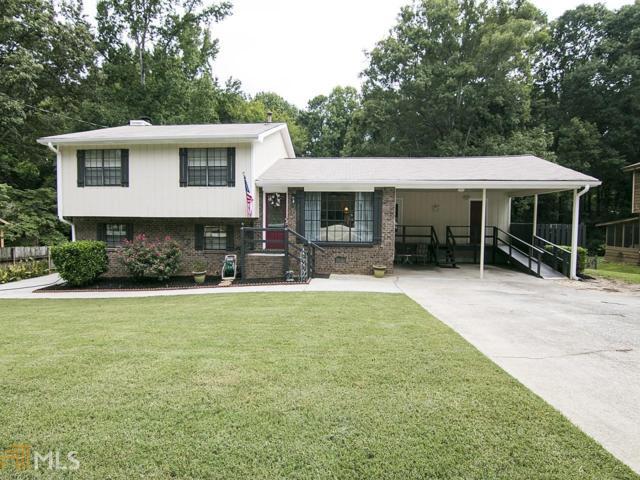 8307 Creek St, Jonesboro, GA 30236 (MLS #8242221) :: Adamson & Associates