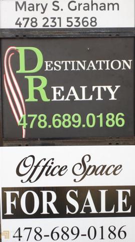 911 Plaza Ave, Eastman, GA 31023 (MLS #8306349) :: Anderson & Associates