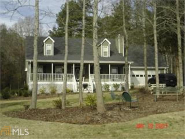 125 Summer Hill Dr, Hoschton, GA 30548 (MLS #8325965) :: Bonds Realty Group Keller Williams Realty - Atlanta Partners