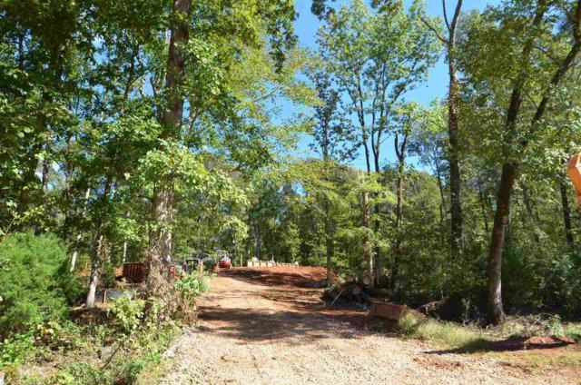 400 Meadow Lake Ter, Hoschton, GA 30548 (MLS #8470485) :: Bonds Realty Group Keller Williams Realty - Atlanta Partners