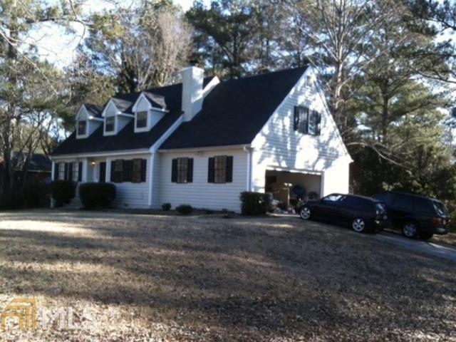 6884 Creekmoor Ln, Riverdale, GA 30296 (MLS #8493985) :: Team Cozart