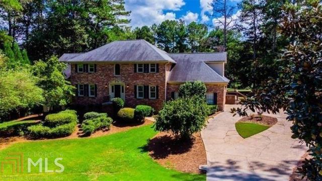 2560 Roxburgh Dr, Roswell, GA 30076 (MLS #8584968) :: Buffington Real Estate Group