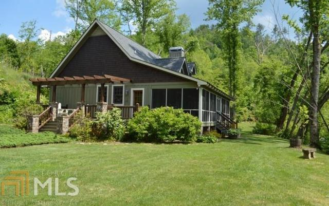 2748 Sweetwater Bend Drive, Hayesville, NC 28904 (MLS #8590150) :: The Heyl Group at Keller Williams
