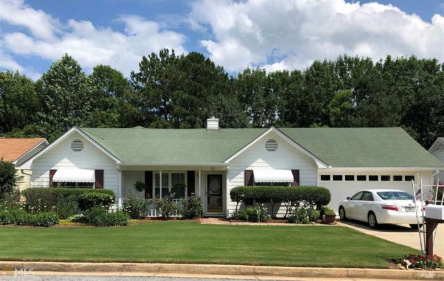 305 Monmouth Drive, Fayetteville, GA 30214 (MLS #8609180) :: The Heyl Group at Keller Williams