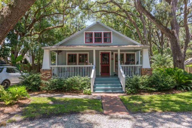 411 & 411 1/2 Twelfth St, St. Simons, GA 31522 (MLS #8630036) :: The Heyl Group at Keller Williams