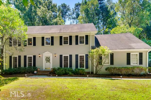 1625 North Springs Dr, Dunwoody, GA 30338 (MLS #8651023) :: RE/MAX Eagle Creek Realty