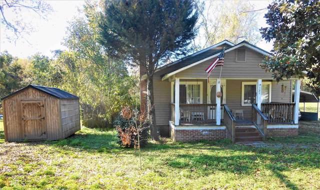 121 Jackson St, Gordon, GA 31031 (MLS #8693907) :: Athens Georgia Homes