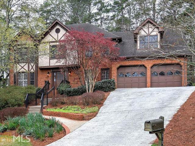 2751 Long Lake Ct, Roswell, GA 30075 (MLS #8767441) :: The Realty Queen & Team