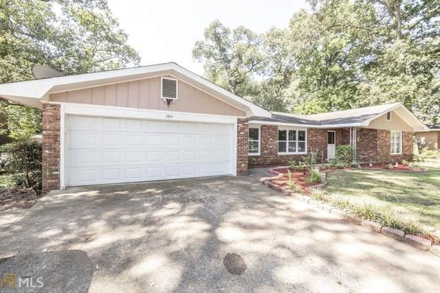 1304 Leverette Rd, Warner Robins, GA 31088 (MLS #8808579) :: Buffington Real Estate Group
