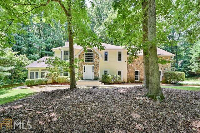 425 Hembree Hollow, Roswell, GA 30076 (MLS #8815647) :: The Heyl Group at Keller Williams