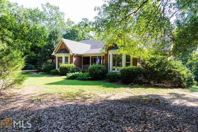 4450 Rosebud Rd, Loganville, GA 30052 (MLS #8836497) :: The Heyl Group at Keller Williams