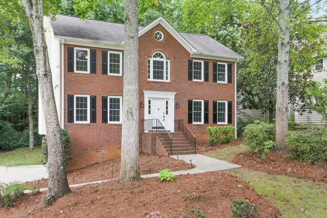 719 Laurel Chase Sw, Marietta, GA 30064 (MLS #8859244) :: Military Realty