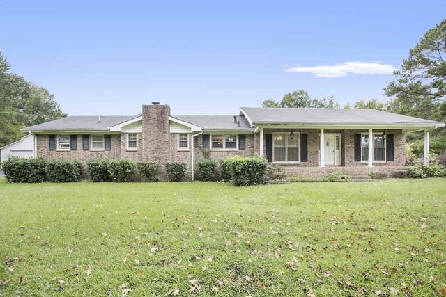 211 Fannin Rd, Griffin, GA 30223 (MLS #8860701) :: Tommy Allen Real Estate