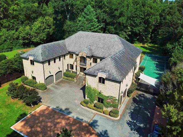 645 Londonberry Rd, Sandy Springs, GA 30327 (MLS #8871970) :: Keller Williams Realty Atlanta Partners