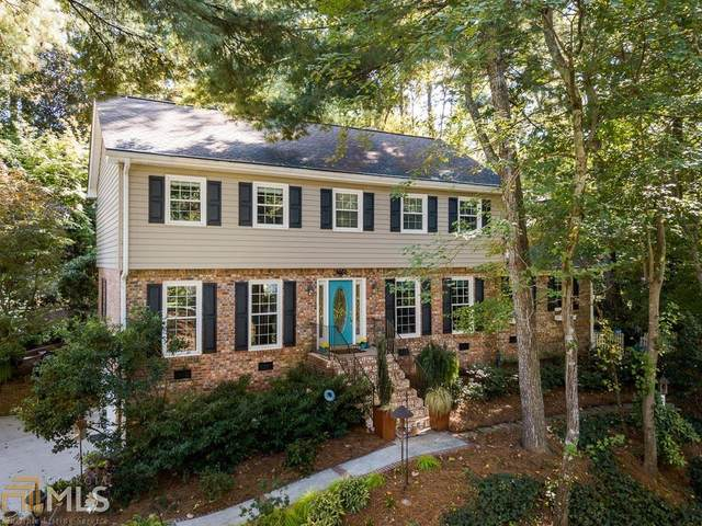 1595 North Springs Dr, Dunwoody, GA 30338 (MLS #8876575) :: Crown Realty Group