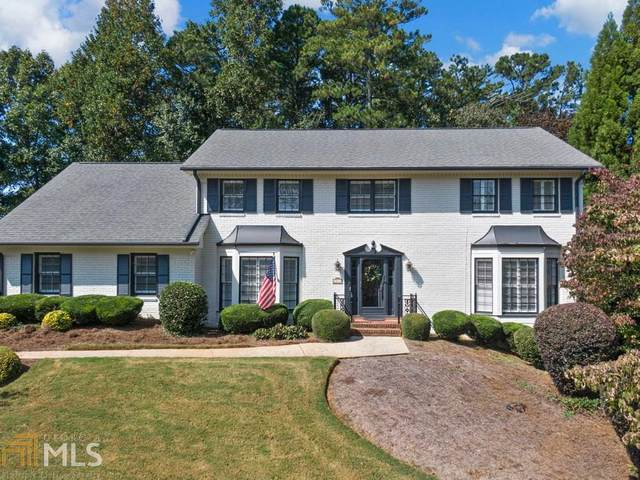 5248 Wynterhall Drive, Dunwoody, GA 30338 (MLS #8880906) :: The Heyl Group at Keller Williams