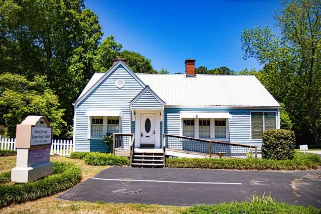 550 E Lanier Ave, Fayetteville, GA 30214 (MLS #8883240) :: Athens Georgia Homes
