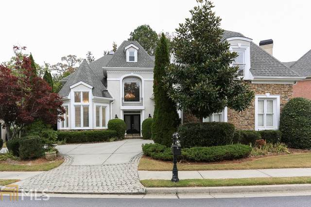 1870 River Falls Dr, Roswell, GA 30076 (MLS #8906700) :: The Realty Queen & Team
