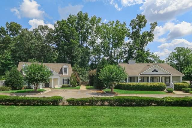 570 Pine Rd, Newnan, GA 30263 (MLS #8913585) :: Crown Realty Group