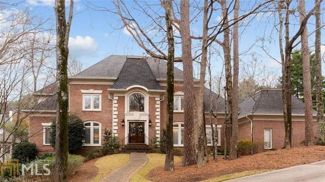 9380 Old Southwick Pass, Alpharetta, GA 30022 (MLS #8914191) :: The Realty Queen & Team