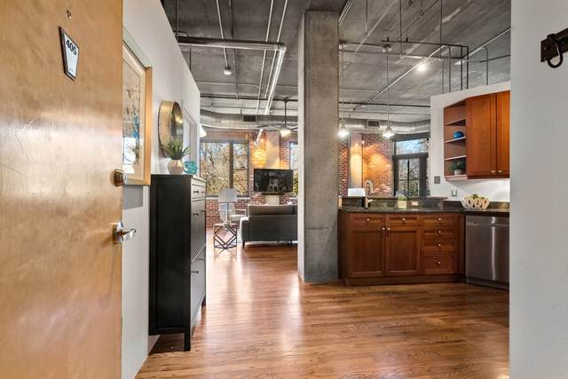 3235 Roswell Rd #405, Atlanta, GA 30305 (MLS #8914845) :: Keller Williams Realty Atlanta Partners