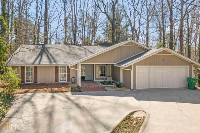 235 W Spalding Dr, Sandy Springs, GA 30328 (MLS #8935675) :: Scott Fine Homes at Keller Williams First Atlanta