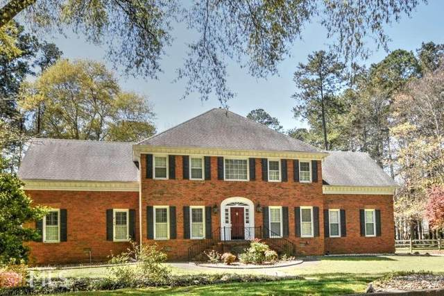 8810 River Trace Dr, Johns Creek, GA 30097 (MLS #8959388) :: The Realty Queen & Team