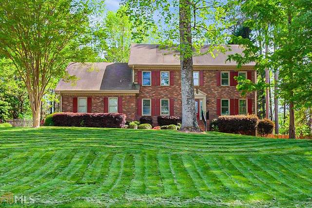 4002 Glen Meadow, Peachtree Corners, GA 30092 (MLS #8960565) :: Athens Georgia Homes