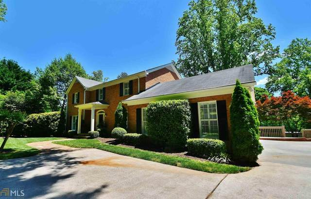 111 Woodlake Dr, Gainesville, GA 30506 (MLS #8975798) :: Crown Realty Group