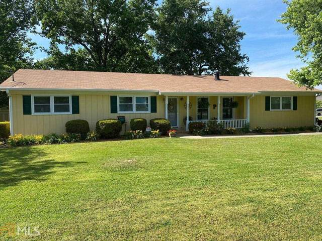 909 Monopoly Dr, Lawrenceville, GA 30046 (MLS #8983420) :: Grow Local
